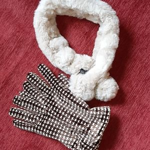 Genuine rabbit fur neck warmer with lined gloves